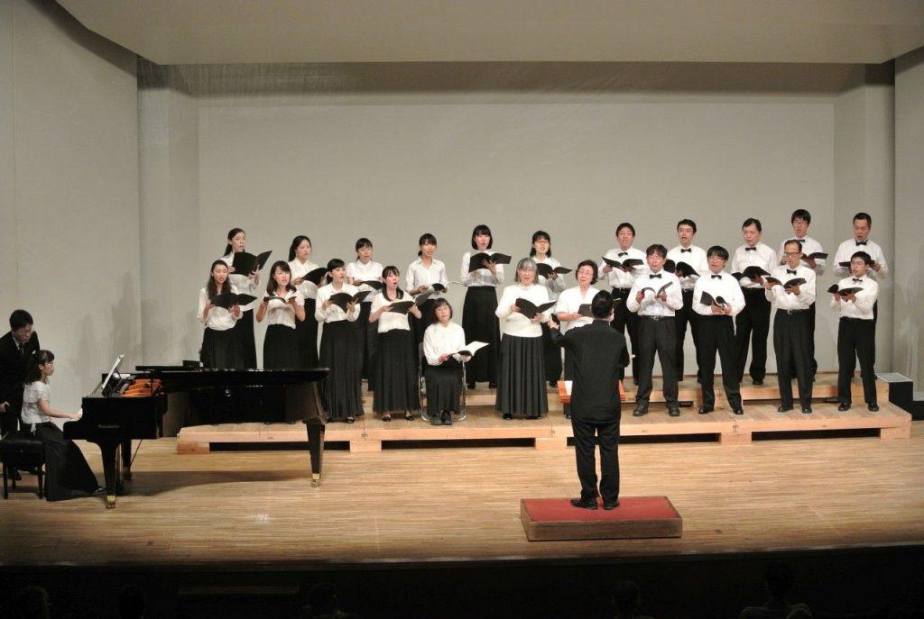 楽団カーニバル2001 混声合唱団 第12回定期演奏会